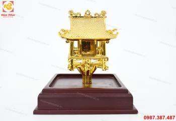 Chùa một cột bằng đồng mạ vàng 24k