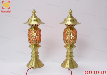 Đèn thờ đồng vàng màu mộ
