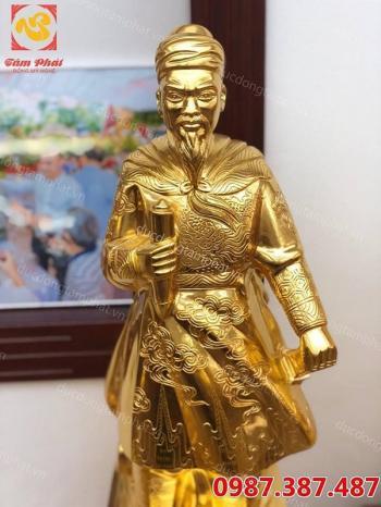 Tượng đồng Trần Quốc Tuấn mạ vàng 24k sắc nét