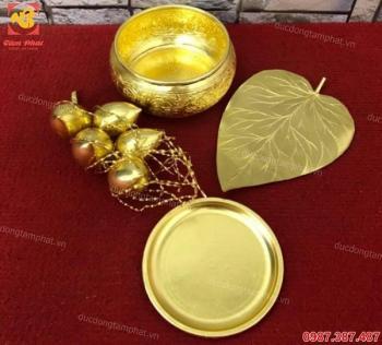 Bộ Trầu cau bằng đồng thếp vàng 9999.!!