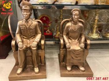 Tượng chân dung ông, bà đồng đỏ nguyên chất cao 60cm giao Tiền Hải - Thái Bình