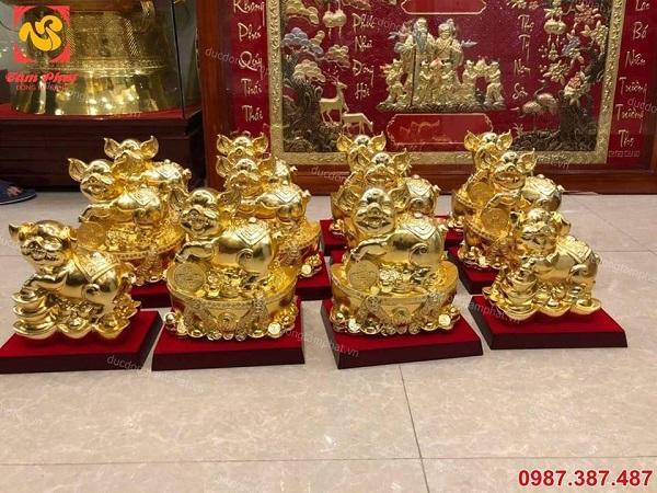 Heo phong thuỷ mạ vàng đứng trên Thỏi vàng hũ tiền- công danh tài lộc