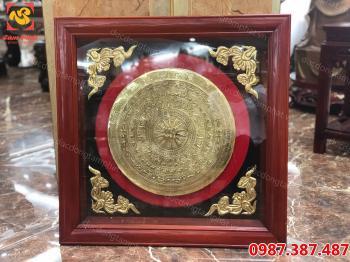Mặt trống đồng vàng khung gỗ vuông 80 cm