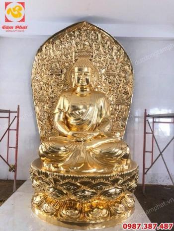 Tượng Phật Adida cao 4m bằng đồng thếp vàng 9999 an tọa tại Cần Thơ