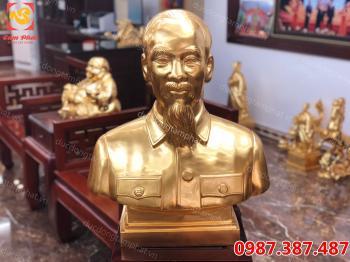 Tượng Bác Hồ, tượng Bác Hồ bằng đồng thếp vàng 9999