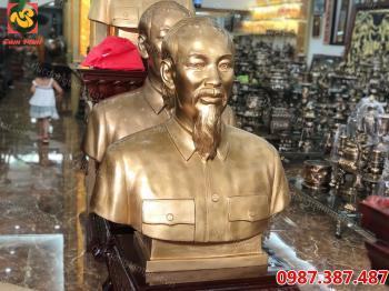 Tượng Bác Hồ, Đúc Tượng Đồng Bác Hồ cao 60cm