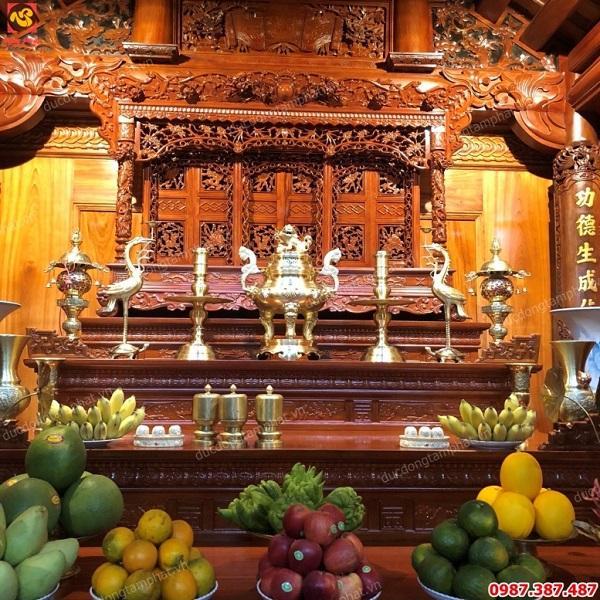 Bộ đồ thờ bằng đồng cát tút cực đẹp cao 70cm lắp đặt tại Hà Nội..!