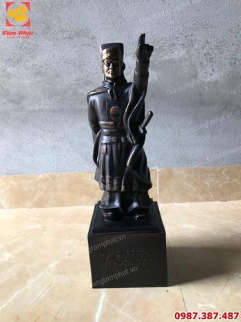 Tượng đồng Lý Thường Kiệt cực tinh xảo cao 50cm giao cho khách viện 103.!!