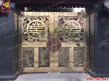 Đúc cổng đồng cho biệt thự giá xưởng..!