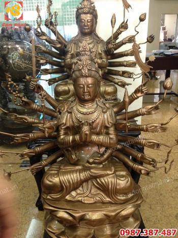 Tượng Chuẩn Đề cao 81cm bằng đồng và mạ vàng 24k bàn giao và lắp đặt cho tư gia nhà khách..!