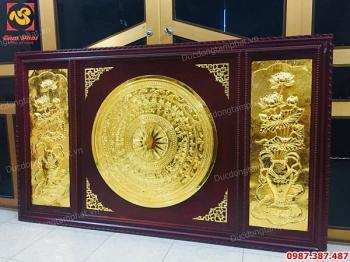 Mặt trống đồng, bình hoa sen kích thước 1m08 x 1m88 mạ vàng 24k khung gỗ gụ..!