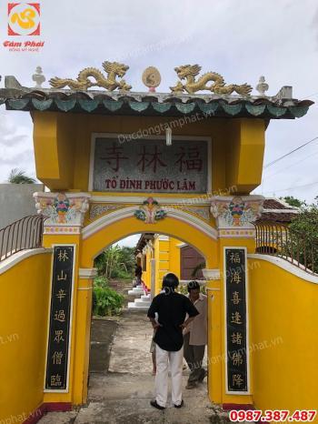 Lắp đặt chuông đồng cao 1m7 nặng 500kg giá gỗ gụ 2m8 cho tổ đình Phước Lâm - Tiền Giang..!