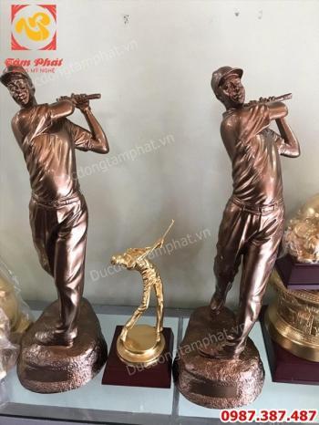 Đúc tượng đánh Golf bằng đồng cao 45cm - quà tặng cho TP Lào Cai