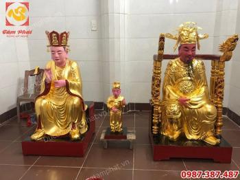 Dát vàng quỳ 9999 trên nền gỗ tượng Phật cho chùa Ngàn - Thái Bình