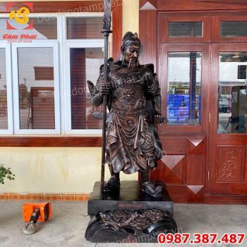 Tượng Quan Vân Trường bằng đồng cao 2m4 nặng 800kg bàn giao cho khách.!