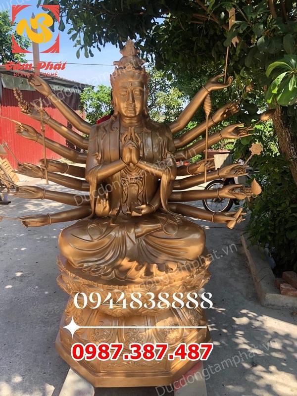 Tượng đồng Phật Chuẩn Đề cao 2m nặng 800kg hoàn thiện trang nghiêm