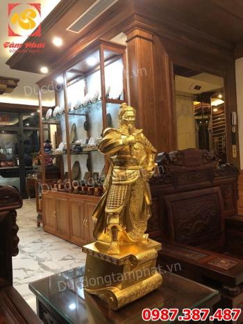 Tượng Đức Thánh Trần- Tượng Trần Hưng Đạo cao 70cm nặng 30kg dát vàng 9999 bàn giao cho khách
