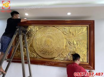 Tranh Đồng Mặt Trống Hoa Sen mạ vàng kích thước 2m55 x 1m35.!