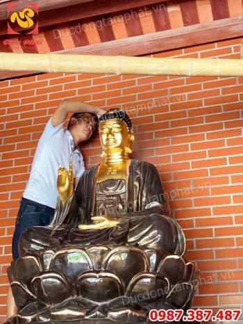 Thi công Trực Tiếp Dát Vàng - Thếp Vàng Tượng Phật tại chùa