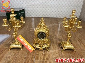 Dịch Vụ Dát vàng - Thếp Vàng đồng hồ cổ và đôi chân đèn bằng đồng.!